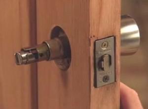 Door-Lock-Installation-3452