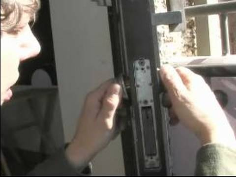 Door-Lock-Repair-10